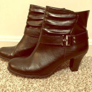 High heel ankle booties